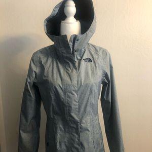 North Face windbreaker -rain coat